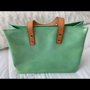 Handbags - 💯 LOUIS VUITTON MONOGRAM VERNIS READE PM
